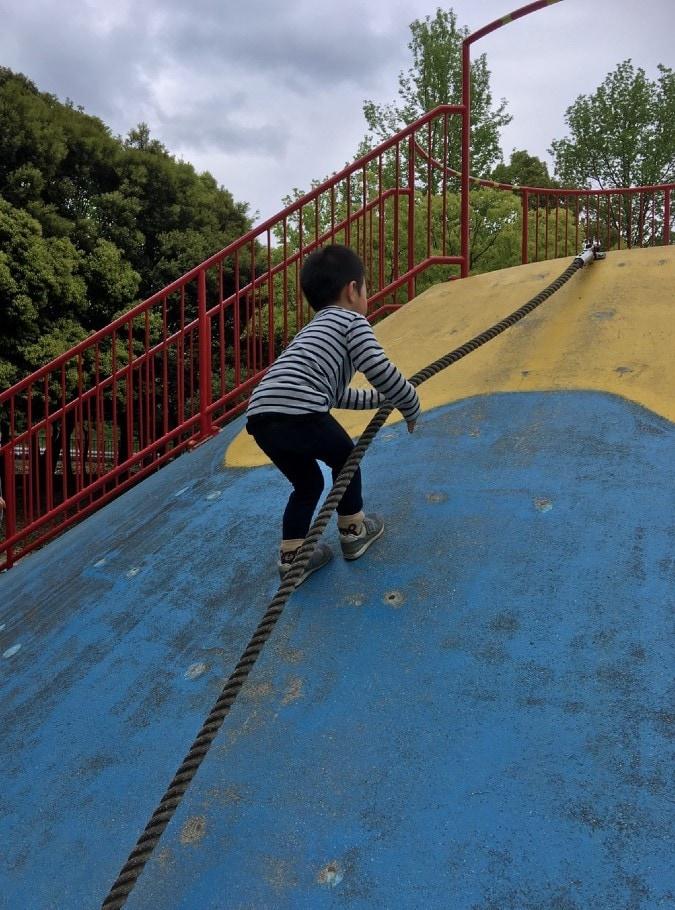 小さなお子様から大人まで、いろいろ遊べる大高緑地公園