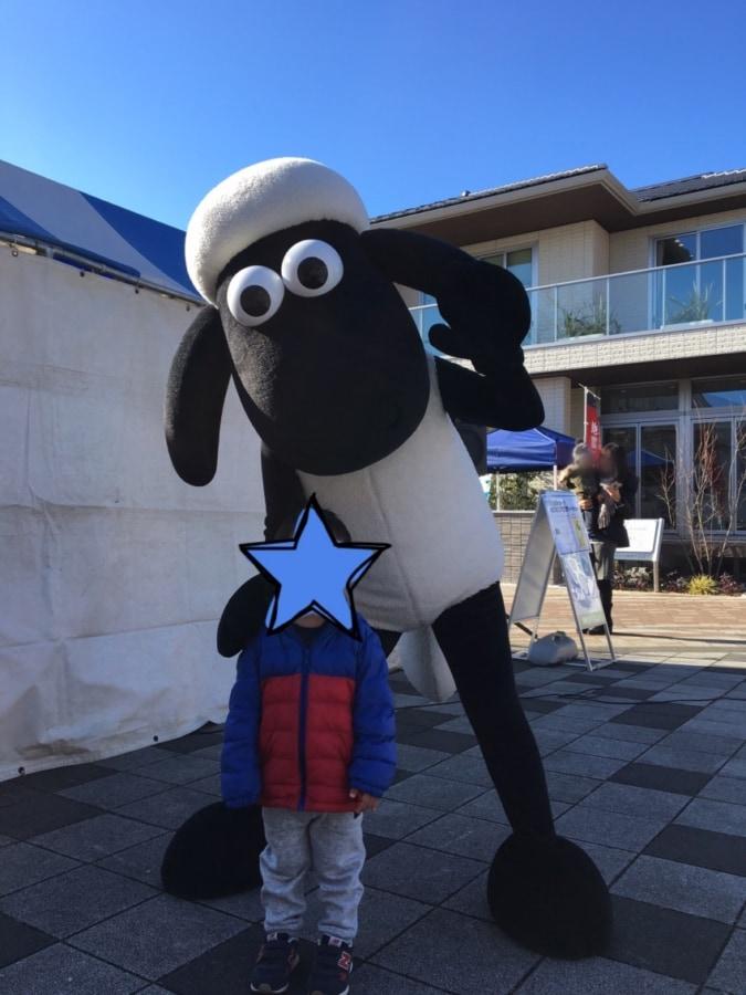 鳴海ハウジングセンターでキャラクターショー