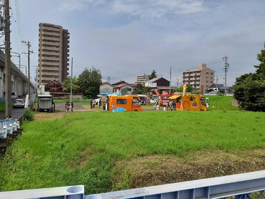 鳴海駅前で社会実験!キッチンカーガーデンが突如出現…